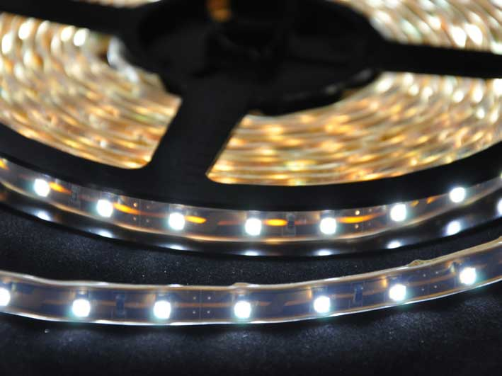 LED strip 230Lm/m, 5m rulle, Vit