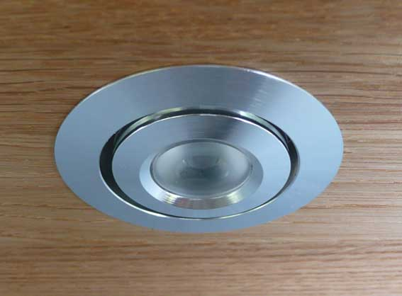 Downlight LED rund justerbar 45° 3w, 120Lm